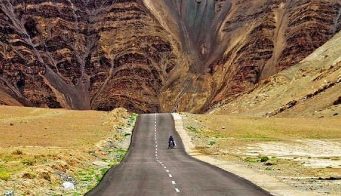 Magnetic Hill, Ladakh: The Hill That Defies Gravity